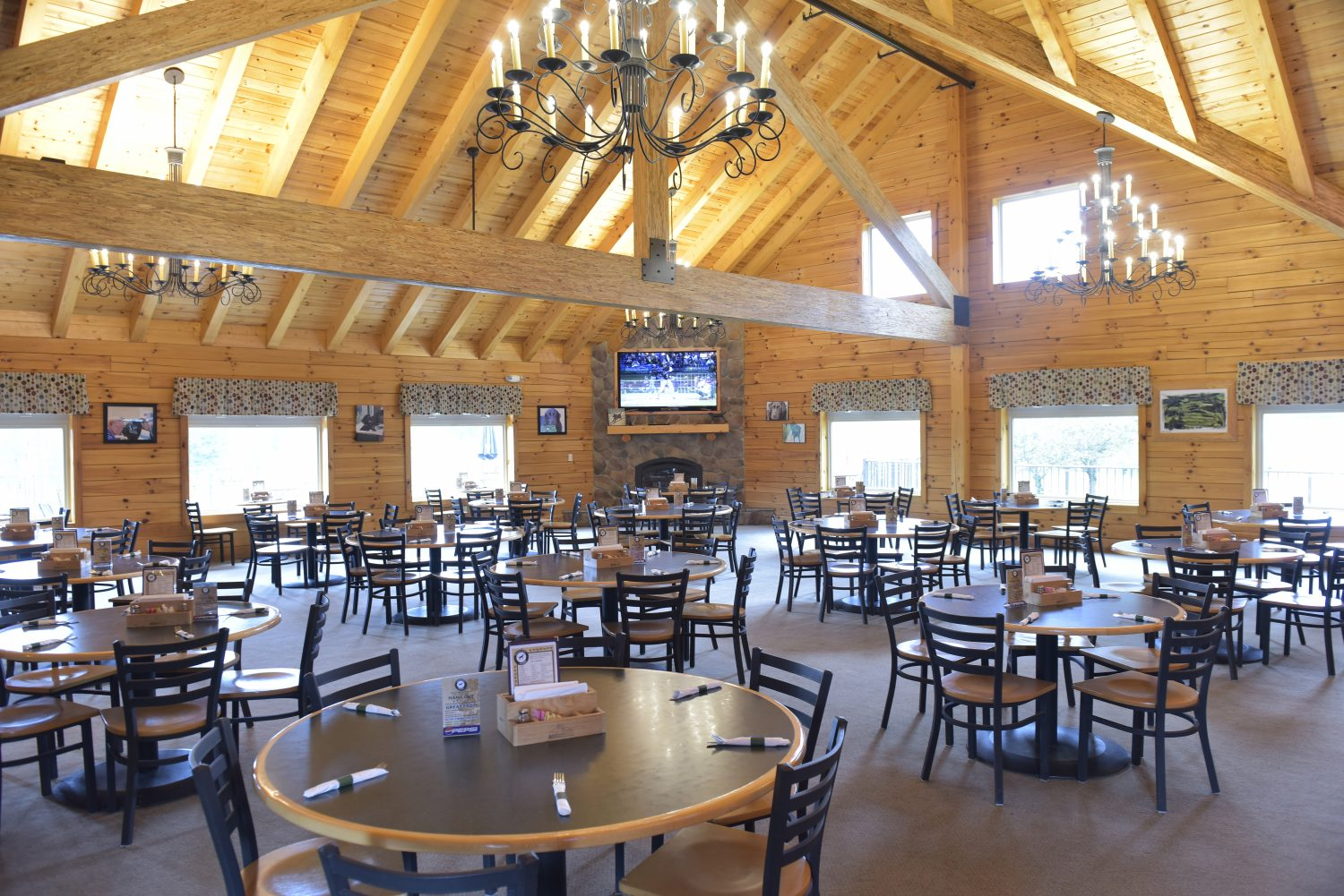 Meeting Spotlight:Deer Ridge Golf Club and Black Dog Tavern