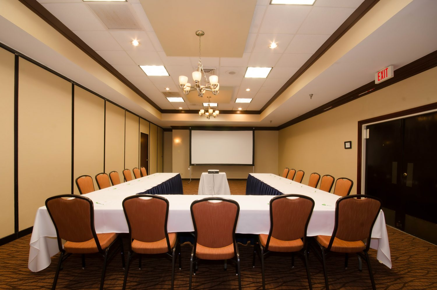 Meeting Spotlight: Holiday Inn & Suites Conference Center