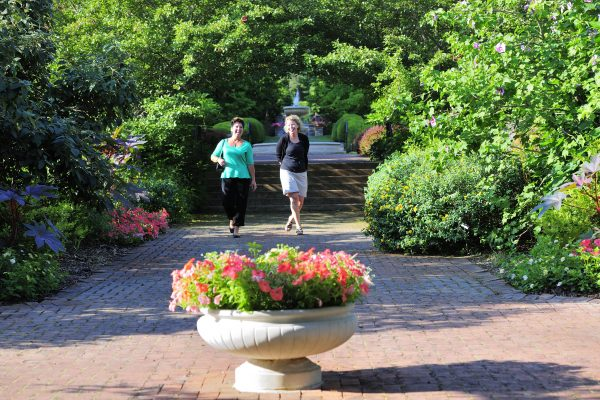 Fountains & Statues Tour at Kingwood Center Gardens