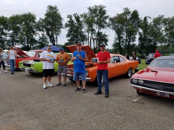 """""""Sunday Drive"""" Car Show"""