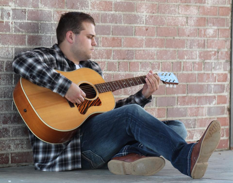 Live music with Luke Watson at Hudson and Essex