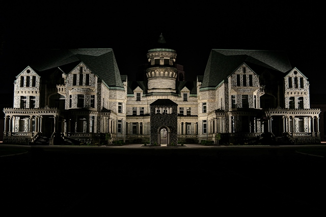 New Ghost Hunter classes help travelers immerse themselves in Mansfield's creepiest haunted venues