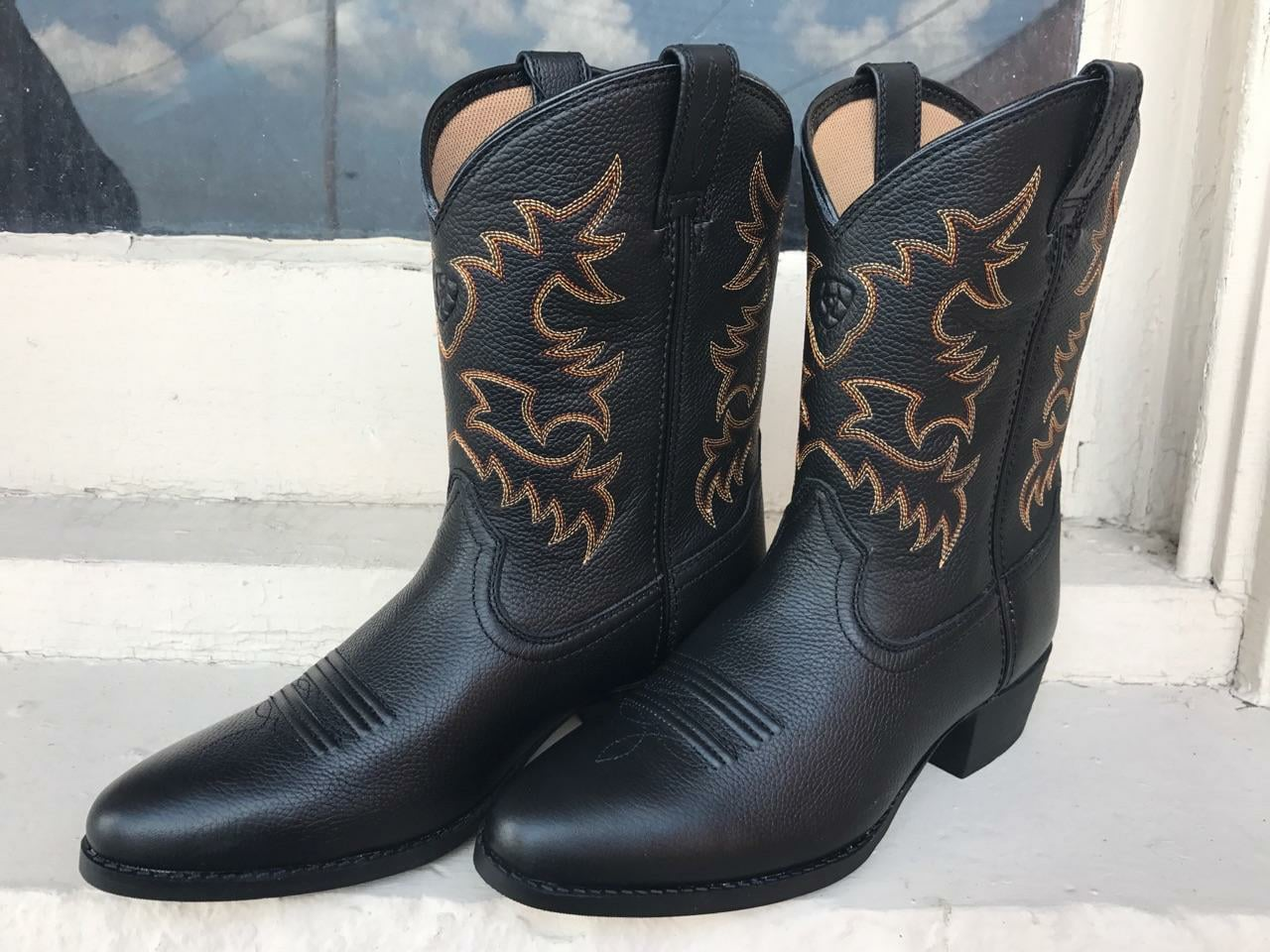 The Boot Life Is A Retail Located In Carrousel District Where Urban Meets Manufacturing Has Broad Offering Of Boots